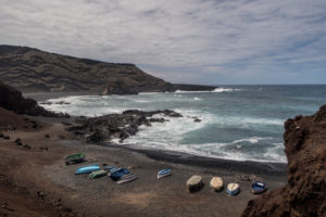 Lanzarote, playa, el golfo, lago, lake, verde, green, park, national, Timanfaya, parque, nacional, canary, islands, beach, waves, boat